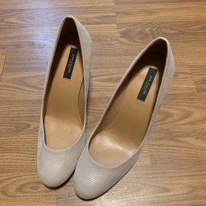 Ann Taylor Women's Heels Size 8M